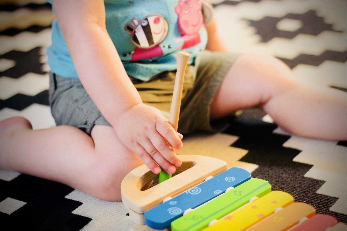 juguetes montessori beneficios