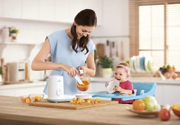 una de las primeras comidas del bebe