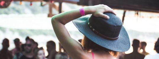 neceser para festivales que llevar