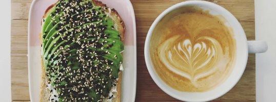Aperitivos salados con café