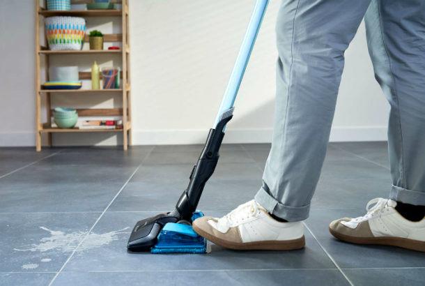 Limpieza en suelo de cerámica
