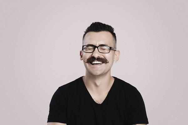 dejarse bigote