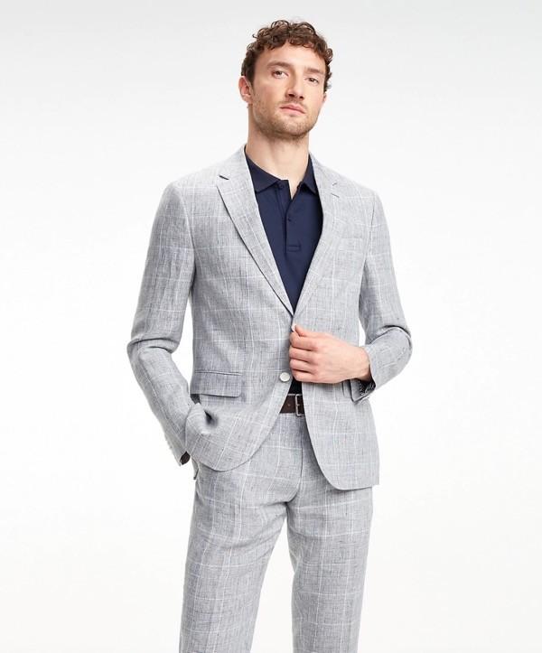 bfdf1606b4 Cómo vestir de traje arreglado pero informal siendo hombre