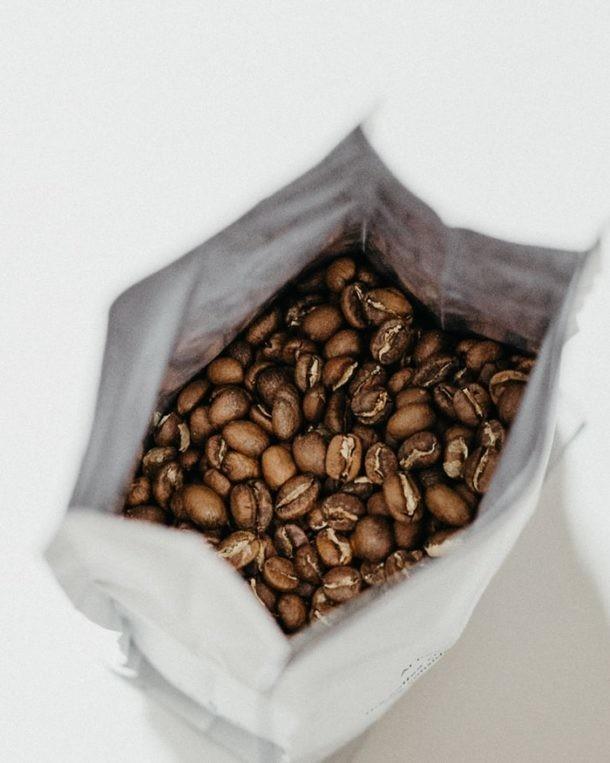 organizar el armario del café