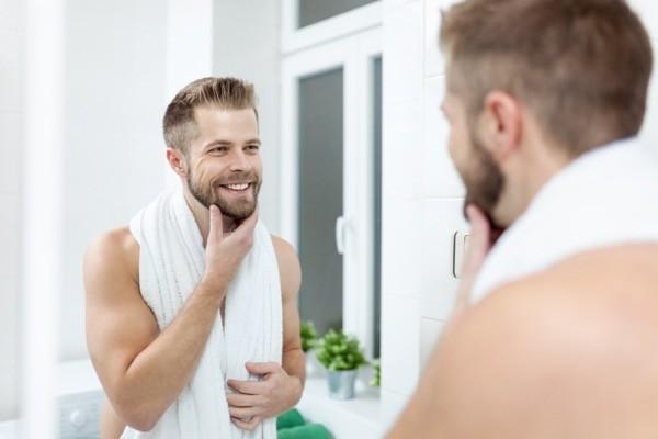 hombre-espejo-barba