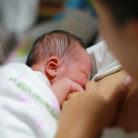 agarre pecho bebe