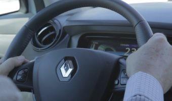 Cómo conducir un coche eléctrico como un profesional