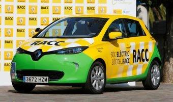 Razones por las que las autoescuelas deberían usar coches eléctricos