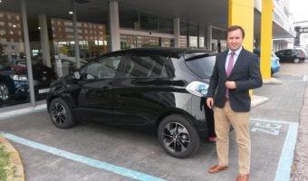 ¿Cómo es el comprador de un coche eléctrico? Hablamos con un pionero en ventas