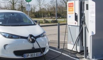Las claves de éxito del coche eléctrico en Francia