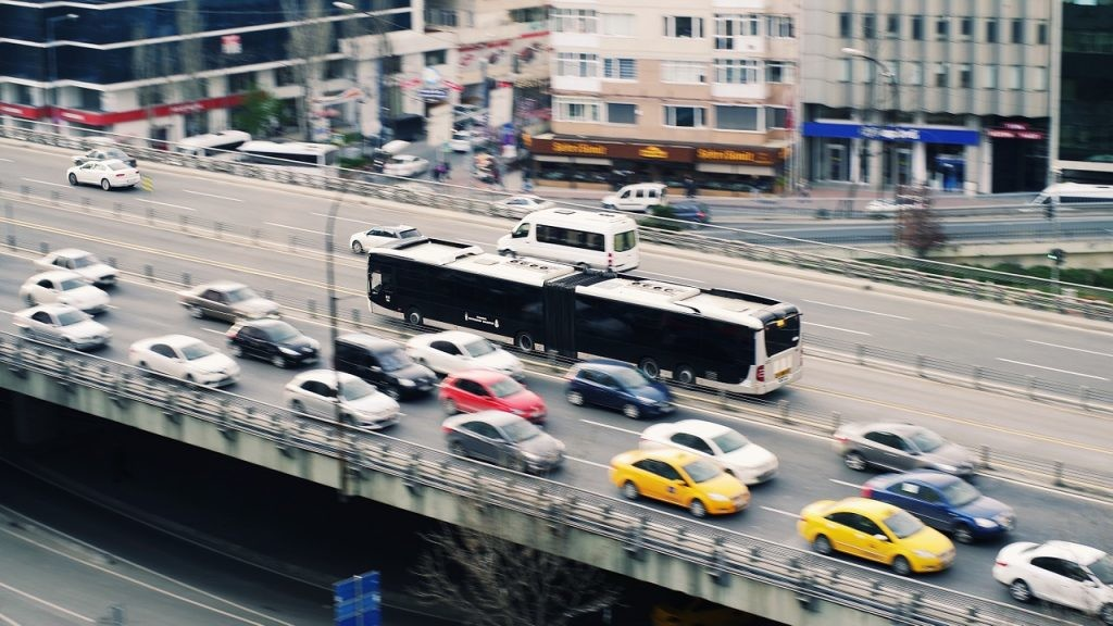 El tráfico en la ciudad, principal enemigo del silencio