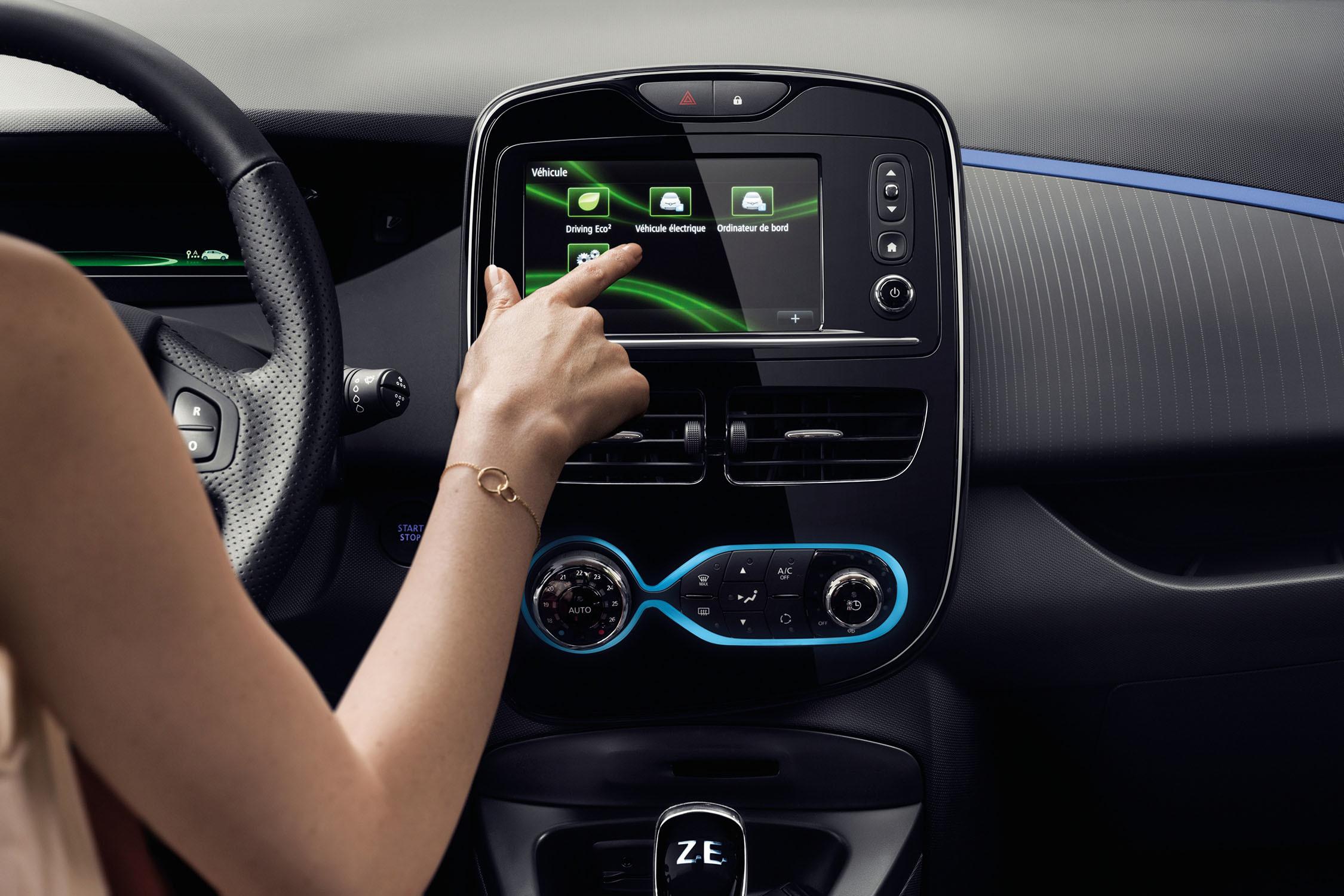 Display central en el Renault ZOE con el modo ECO