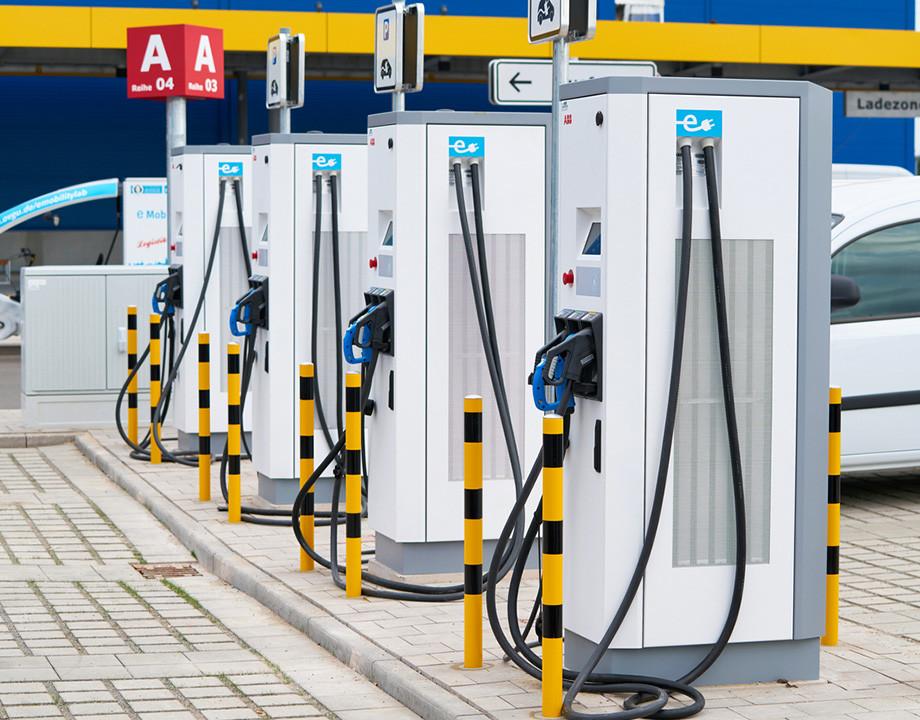 ciudades puntos de recarga electrica coches