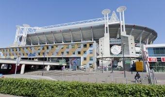 El estadio Amsterdam ArenA se convierte en un enorme punto de carga