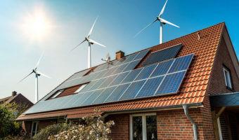 ¿Cuántas paneles solares hacen falta para recargar un coche eléctrico a diario?