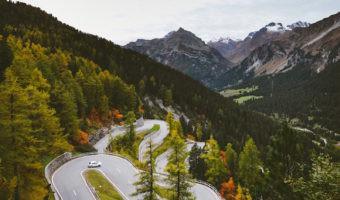¿1.600 km en coche eléctrico? La Gran Ruta Suiza lo hace posible