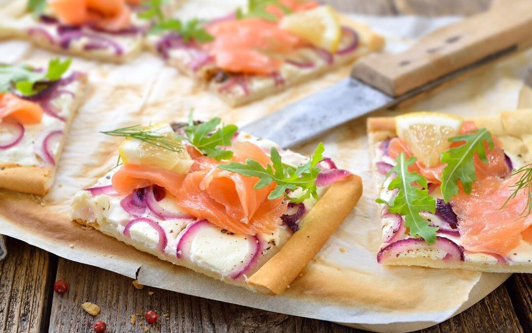 ¿Tapeo y comida? Practica el 2 en 1 gracias a estas ideas irresistibles con salmón noruego
