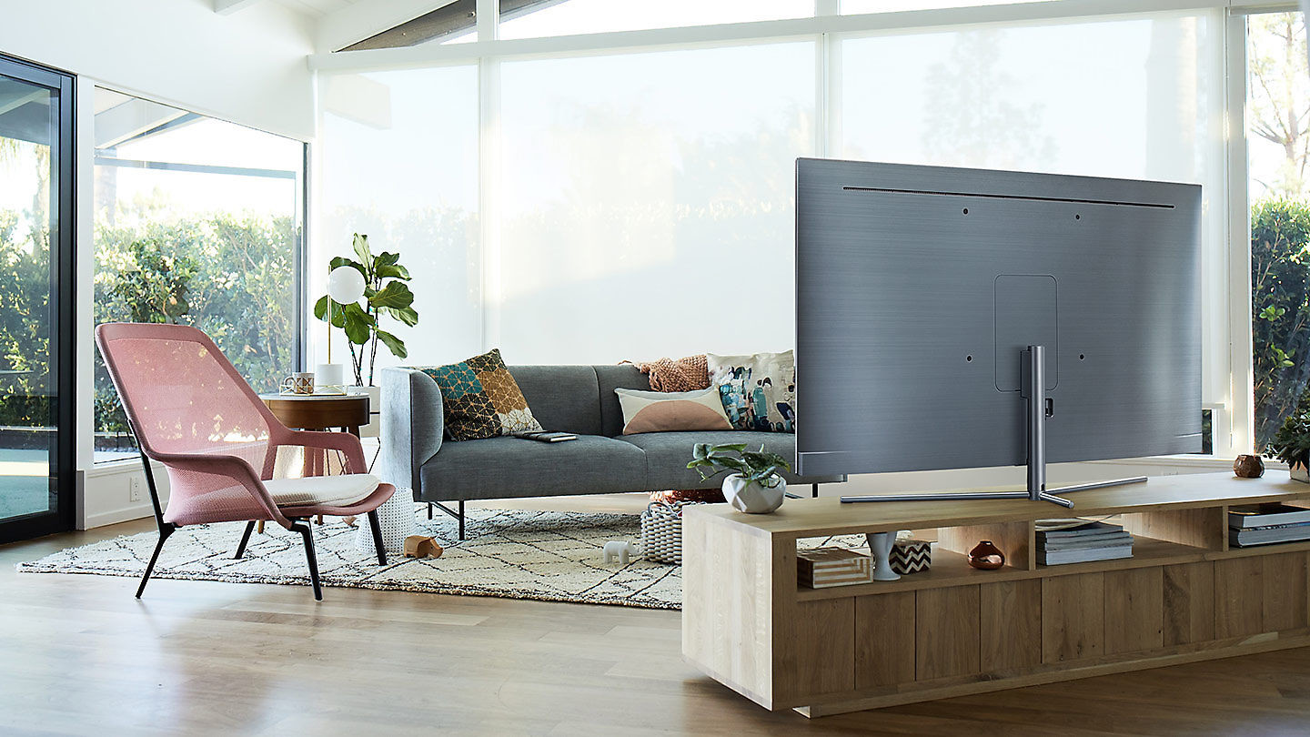 cinco ideas que mejoran la usabilidad y experiencia de usuario de una smart tv samsung qled tv. Black Bedroom Furniture Sets. Home Design Ideas