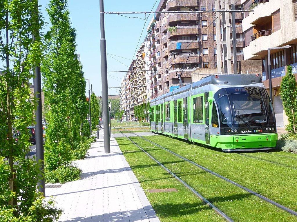 Vitoria, European Green Capital en 2012. es otra de nuestras ciudades con más calidad de vida.