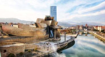 La construcción del Museo Guggenheim Bilbao fue parte de un plan para sanear y dar un giro a la imagen de la ciudad vasca.