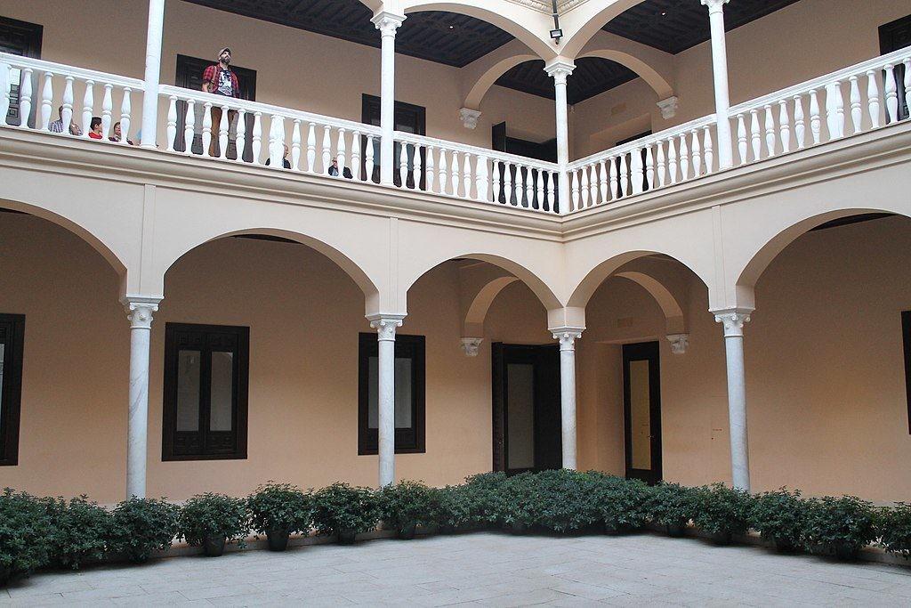La red de centros culturales de Málaga ha servido para revalorizar el casco histórico.