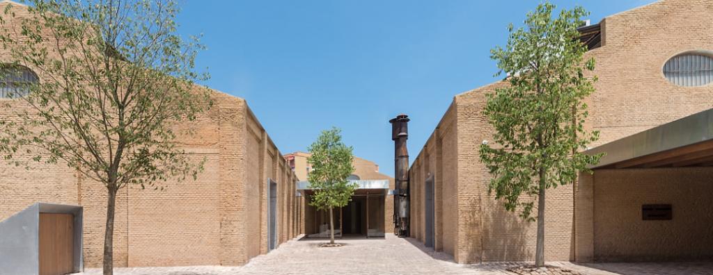 Valencia es también un ejemplo de cómo un centro cultural puede revalorizar una zona.