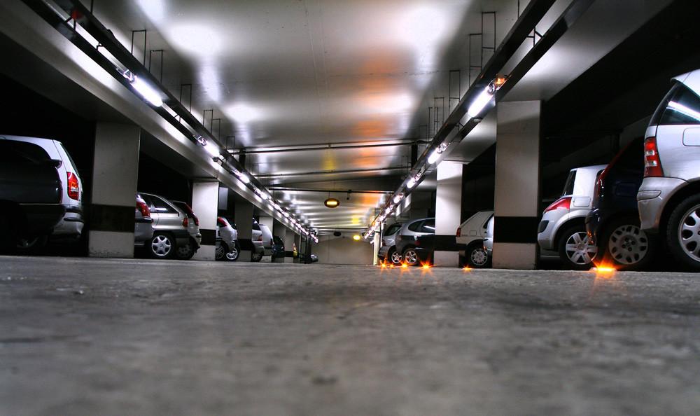 Plaza en garaje subterráneo
