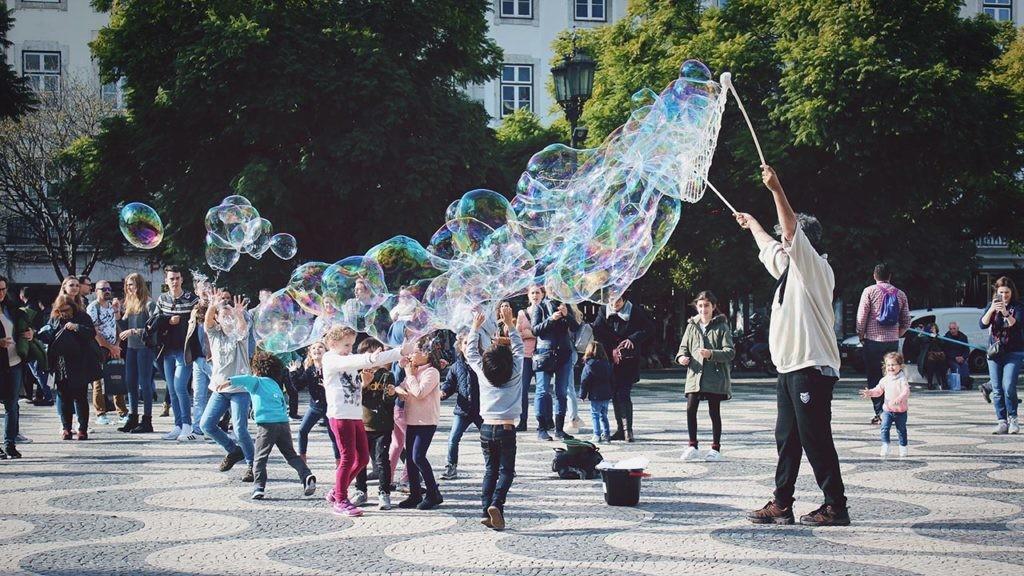 El proyecto La ciudad de los niños tiene en cuenta las opiniones e ideas de los pequeños para mejorar su entorno.
