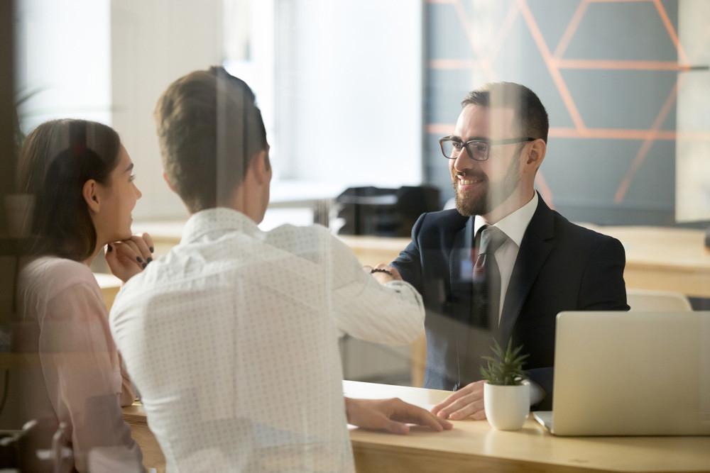 Lay hipotecaria promueve acuerdos con el banco