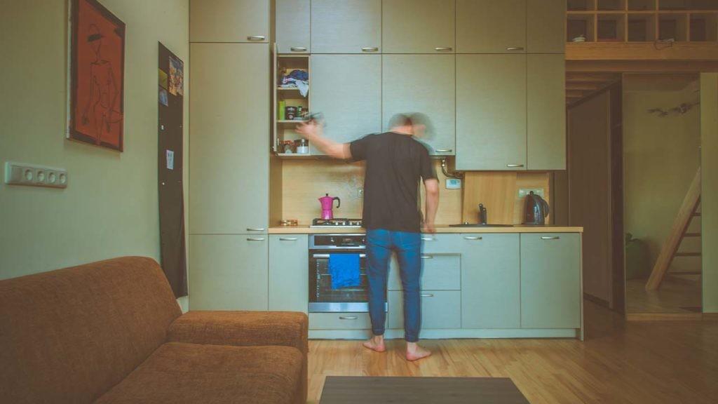 Entre las claves para independizarse está tener en cuenta la relación entre los sueldos y el precio de la vivienda.