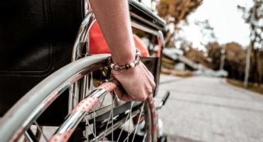 Imagen de Así se vive una ciudad en silla de ruedas