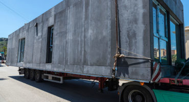 edificios de fabrica industriales camion