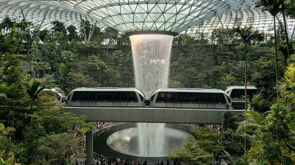 Singapur es un ejemplo de ciudad biofílica, en la que se dan las bases del metabolismo urbano.