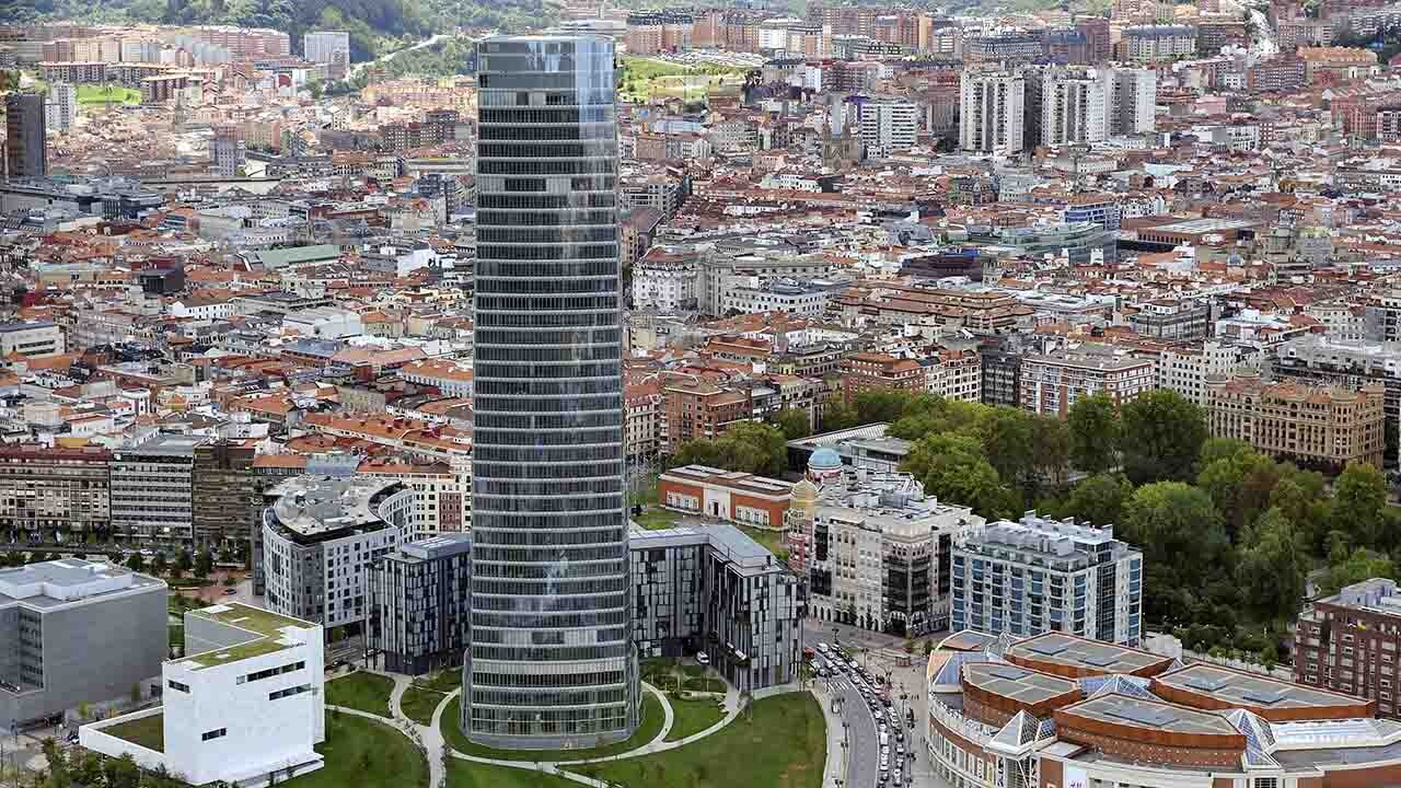 La Torre Iberdrola está entre los edificios más sostenibles de España.