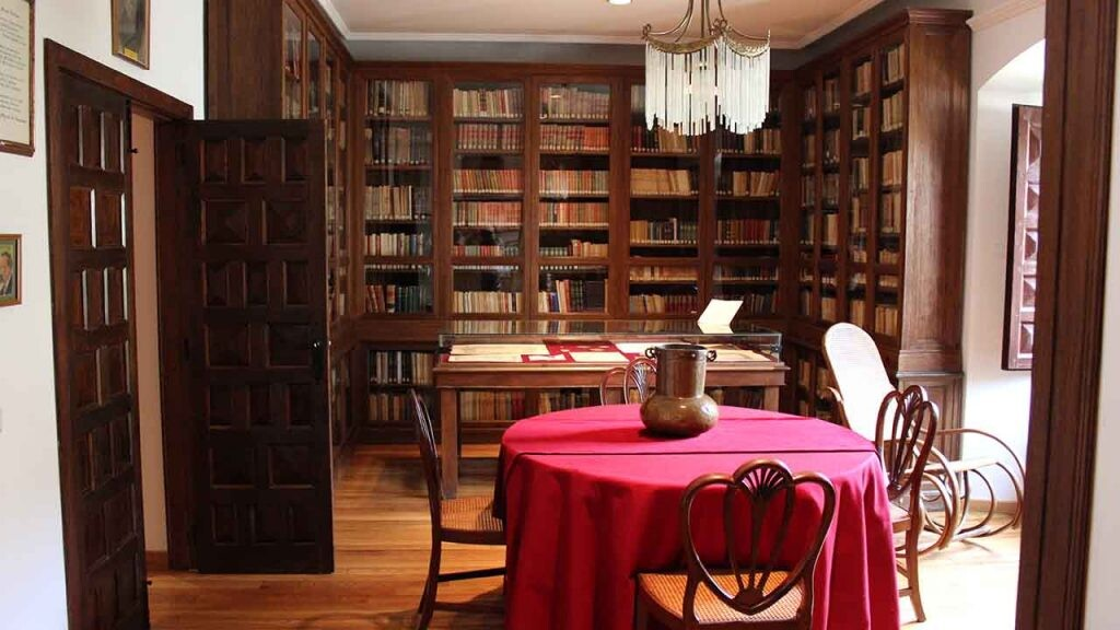 La Universidad de Salamanca convirtió la casa rectoral en la que vivió Unamuno en una casa museo.