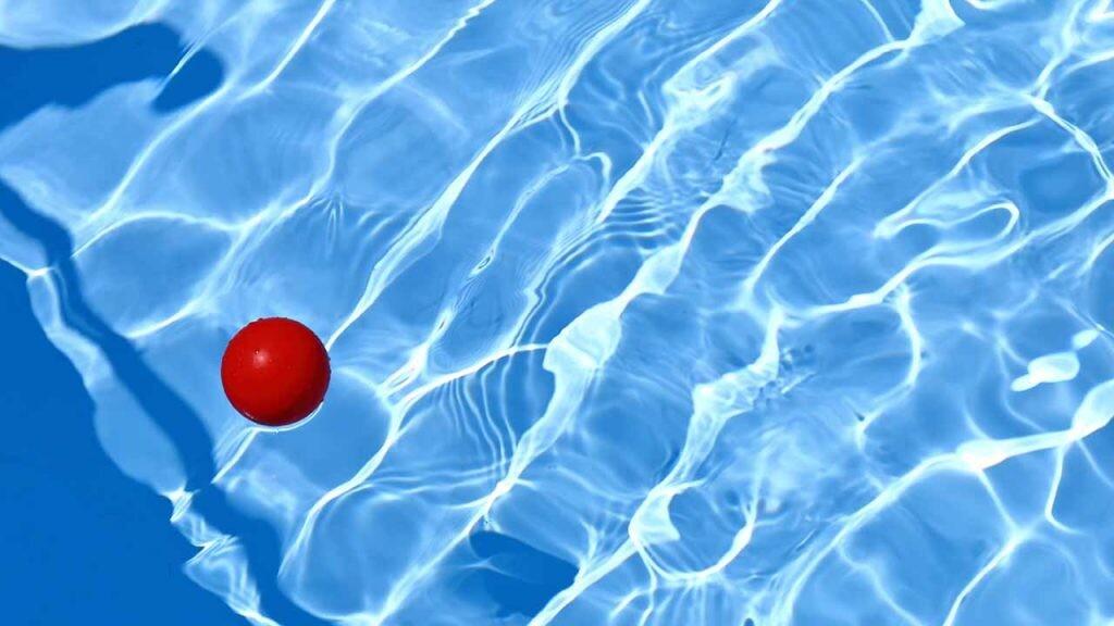 De media, las viviendas con piscina tienen un precio un 46,2 % superior.