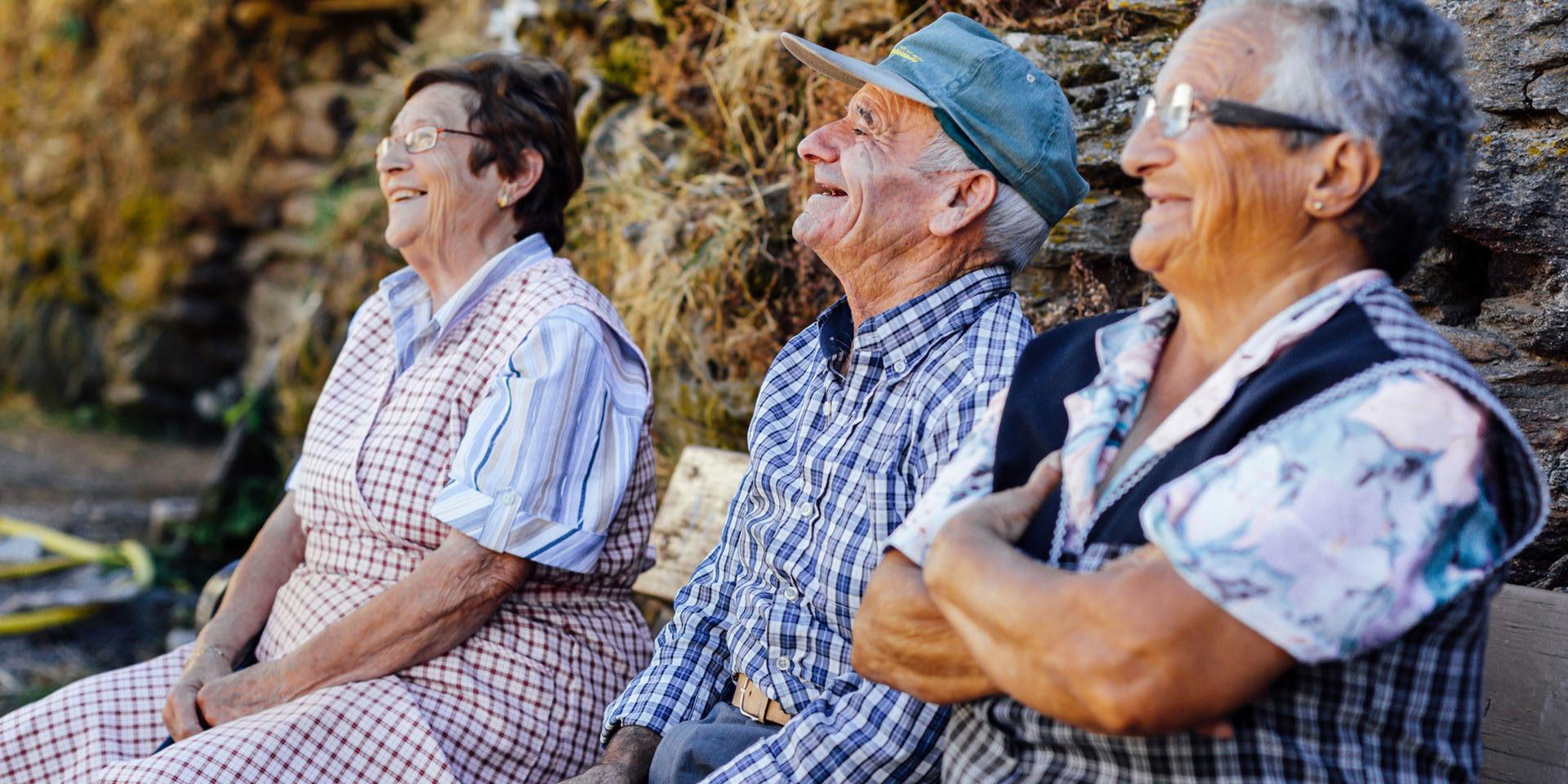 envejecimiento poblacion desafios soluciones