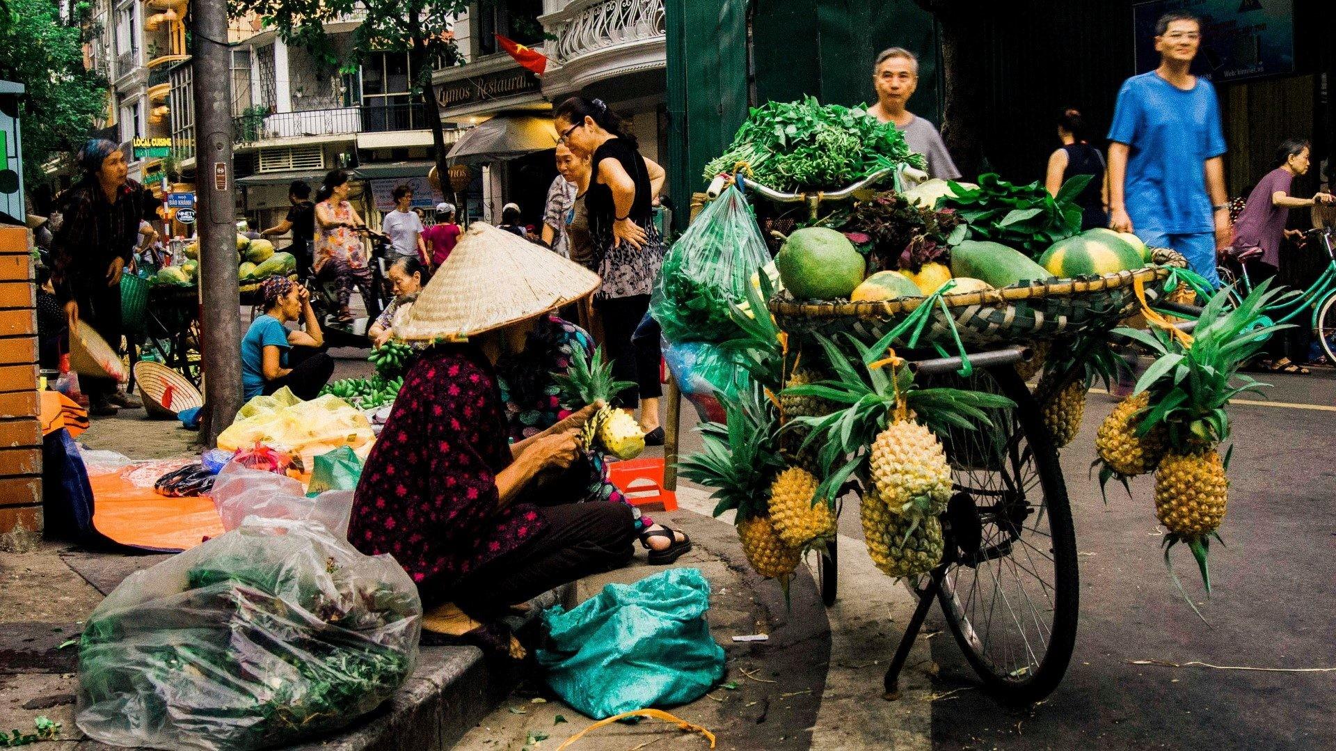 hawker street vendor informal economy