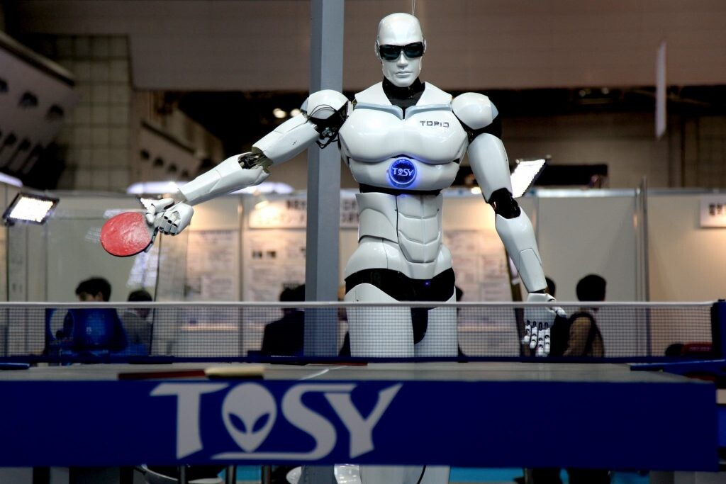 Robot jugando ping-pong