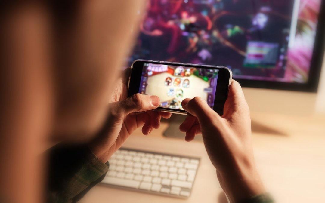 Seis videojuegos para no parar de jugar estas Navidades en una pantalla OLED Fullvision de 6 pulgadas