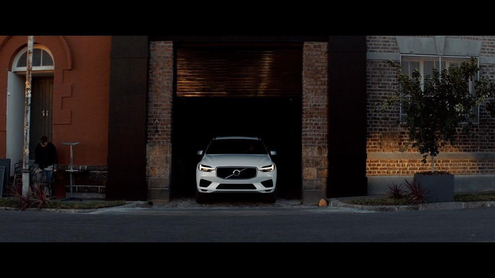 ¿Te gusta conducir de noche? Estos sistemas de iluminación te ayudan a hacerlo con seguridad