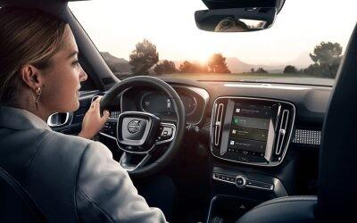 Asíavanzan las apps del coche conectado para integrar la nueva movilidad en tu estilo de vida