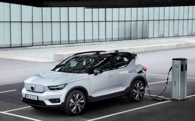 ¿Estás pensando comprar un coche electrificado? Ayudas previstas para este año y otras formas de ahorrar